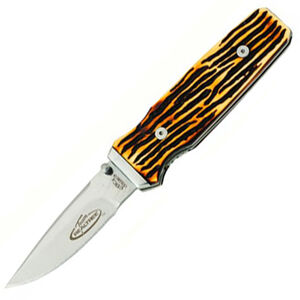 """Kutmaster Knives Buckstag Folding 2.91"""" Plain Edge Blade with Buckstag Delrin Handle"""