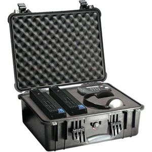 Pelican Protector Medium Case Polymer Black 1550-000-110
